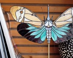 Wheat' Bug suncatcher belongs to my richly detailed and ridiculously colorful line of stained glass décor Jazzy Bugs Stained Glass Panels, Stained Glass Art, Mosaic Glass, Glass Toys, Glass Butterfly, Tiffany Glass, Suncatchers, Handmade, Glass Art