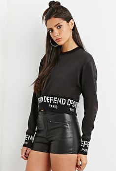 Forever 21 is the authority on fashion & the go-to retailer for the latest trends, styles & the hottest deals. Shop dresses, tops, tees, leggings & more! Grunge Fashion, Long Sleeve Tops, Latest Trends, Girl Outfits, Forever 21, Womens Fashion, Paris, Leather Shorts, Style