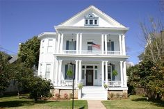 Bisland House Bed and Breakfast, Natchez, Mississippi:  This 1904 Historic Home features three tastefully decorated guest rooms that include period antiques and private baths.