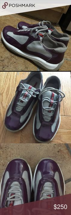 ⏳WOMANS Prada shoes/sneakers In great upper condition..slight creasing.. Toe box area looks great. Their is a mark on the tongue part on the corner . Not noticeable on feet.. It's a prada 36.5 Prada Shoes