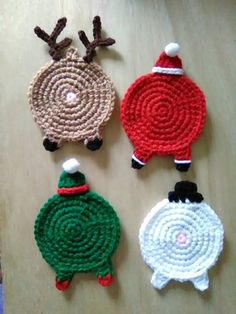 68 Trendy Ideas For Crochet Christmas Coasters Pattern Yarns Crochet Christmas Decorations, Christmas Crochet Patterns, Christmas Crafts, Crochet Ornaments, Crochet Snowflakes, Christmas Bells, Christmas Angels, Christmas Christmas, Crochet Santa