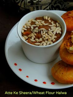 Atte Ke Sheera /Wheat Flour Halwa Rajasthani Food, Rajasthani Recipes, Indian Food Recipes, Italian Recipes, Oil For Deep Frying, Dried Mangoes, Spicy Dishes, Indian Sweets, Food Challenge