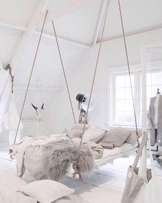 Una cama diferente para descansar. #trucos #living #lifestyle #followme #homedecor #casa #decor #photo #archilovers #arquitectura #habitacion #luxurydesign #room #house #instagood #instadesign #instalike #architect #inspiration #interiorismo #truco #like4like #instagram #decoration #diseño #love #interiordesign #fashion #mujeres Una cama diferente para descansar. #trucos #living #lifestyle #followme #homedecor #casa #decoracion #decor #photo #archilovers #arquitectura #habitacion…