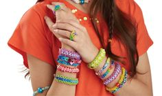 How to Make a Simple Rainbow Loom Band #loombands #diy