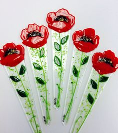 This is a New series of plant stakes that I have created. They are larger, taller and lots of detail. These adorable fused glass plant stakes would look beautiful in any houseplant or herb garden. They would be the perfect gift for your garden enthusiast. This listing is for one garden stake. Each stake measures 9 tall X 2 1/2 at the top and 3/8 at the bottom. Each plant stake is different and my not depict the picture listed. But every one are beautiful! This is an original desig...