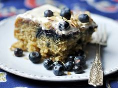 Recipe: Blueberry Banana Cake with Cream Cheese Icing