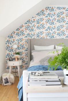 One of the cutest bedroom makeovers ever!