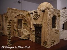 Multimedia Electronic Crib Forum (The first and only) - The Nativity Scene of Flora Oriental, Christmas Nativity Scene, Miniature Houses, Diorama, Flora, Gingerbread, Lion Sculpture, Miniatures, Statue