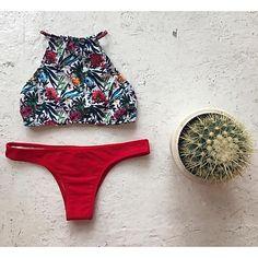 De las mujeres Bikini-Floral Escote Con LazoHalter-Poliéster 2017 - $238.77