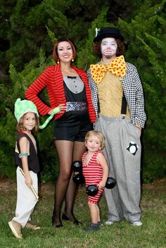 Family Halloween Costumes! Circus Costumes