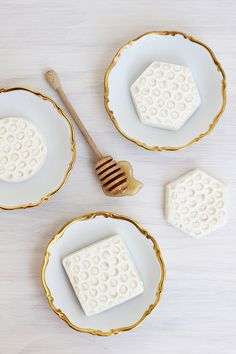 How to make Homemade Honeycomb Soap using a surprisingly easy technique.