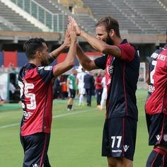 Marco Sau of Cagliari celebrates his goal with teammates during the Serie A…