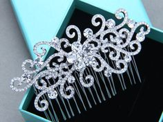 Romantic Vintage Style Flower Hair Comb Rhinestone by BlingGarden