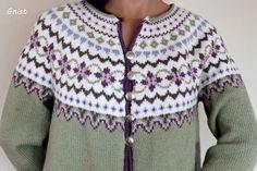 Bilderesultat for kofter Fair Isle Knitting Patterns, Fair Isle Pattern, Knitting Designs, Icelandic Sweaters, Nordic Sweater, Fair Isles, Jackett, Mantel, Jackets