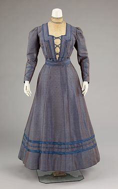 Dress Date: Culture: American Medium: silk, wool, cotton Accession Number: The Metropolitan Museum of Art - Dress Vintage Outfits, Vintage Gowns, Vintage Mode, 1890s Fashion, Edwardian Fashion, Vintage Fashion, Antique Clothing, Historical Clothing, Lily Elsie