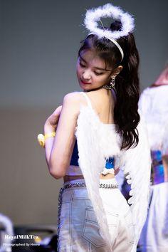 """Angel in disguise © royalmilktea… """" South Korean Girls, Korean Girl Groups, Grunge Tattoo, Rapper, K Idol, New Girl, Korean Singer, Kpop Girls, Cool Girl"""