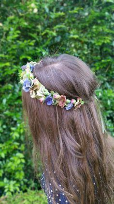 Flowercrown by Florosaria - #flowercrown #flowercrowns #sydneyflowercrowns #florosaria #flowersbyflorosaria #sydneyweddings #weddingsinspo #weddings #sydneyflorist #rusticflowers #bohemianflowers #hellomay #onefineday #brides #bridalideas #flowercrowninspo #sydneyflowers #flowers #wynsical #boho #bridalideas #gypsyweddings #gypsy #dreams #pretty #weddingbouquet #bridebouquet #bridesmaidbouquet