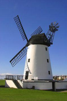 Fotografía Lytham St Annes Windmill por Tom Curtis en 500px