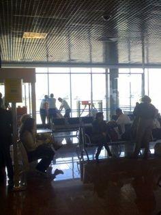 Congonhas reabre após ter 34 voos desviados por causa de drone - http://po.st/6qrJEO  #Setores - #Aeroporto, #Companhias, #Drone, #Embarques