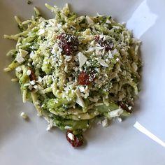 Follower: 1,430, seguiti: 152, post: 54 - Guarda le foto e i video di Instagram di Un Elbano In Cucina (@unelbanoincucina) Follower, Ricotta, Video, Cobb Salad, Broccoli, Cabbage, Vegetables, Instagram, Vegetable Recipes