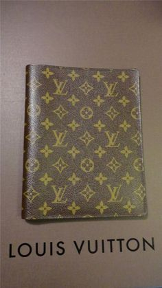 LOUIS VUITTON Monogram Agenda Cover Agenda Bureau Desk Diary Day Planner Cover #LouisVuitton #DayTimer