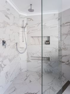 Hillarys Bathroom Renovation by Retreat Design // Featuring Altamarea cabinetry #bathroom #bathroomdesign #renovation #interiordesign