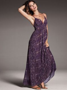 I would love to be able to wear maxi dresses ... sadly, I've never found one long enough for me.