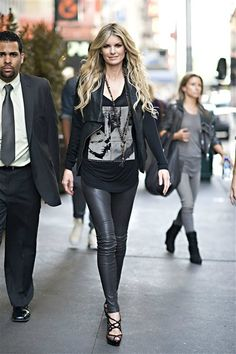 Marisa Miller does rocker chic right!