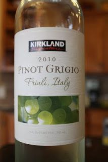 A varietally labelled wine from Friuli Food To Go, Costco, Wine Recipes, Beverages, Italy, Italia, Portable Food