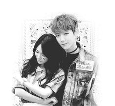 my baekyeon heart😍❤️💛💚💙💜 Kpop Couples, Cute Couples, K Pop, Otp, Exo Couple, Seong, Snsd, Girls Generation, Chanyeol