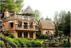 french inspired wedding with a monet garden inspiration. LeCaille a french restaurant in little cottonwood canyon utah.  beautiful.............walkingonsunshine:)