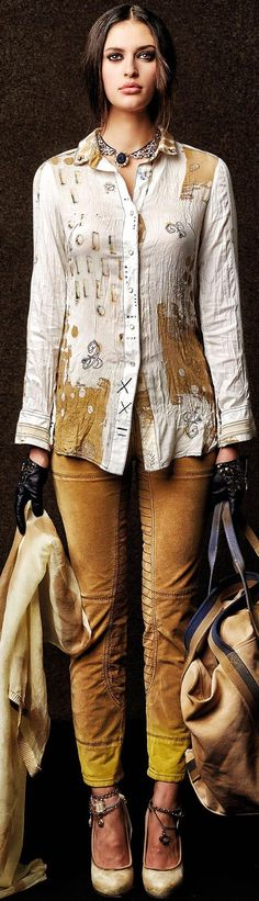 Hate the shirt but OMG, those pants!!  DANIELA DALLAVALLE ╬ ELISA CAVALETTI COLLECTION ♥FCL