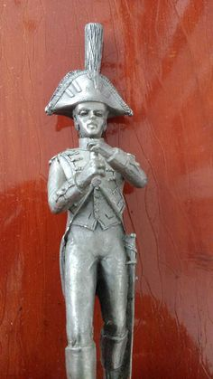 vintage etain pewter soldier Napoleon French collectible wooden plinth marked
