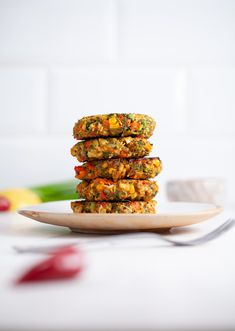 This new and improved recipe for our spicy fritters is so fun to make. They're also a great way of introducing… Vegetarian Main Dishes, Vegetable Dishes, Vegetarian Recipes, Vegetarian Dinners, Vegan Foods, Vegan Snacks, Sweet Chilli Sauce, Food Obsession, Vegan Burgers