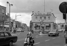 The Falcon Inn (now The Bleeding Horse) Upper Camden Street, 1972 Dublin Pubs, Dublin City, Dublin Ireland, Ireland Pictures, Old Pictures, Old Photos, Vintage Photos, Camden Street, Dublin Street