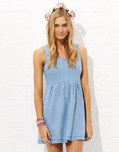 #jayjays.com.au           #Skirt                    #Full #Skirt #Chambray #Dress                       Full Skirt Chambray Dress                           http://www.seapai.com/product.aspx?PID=1429206