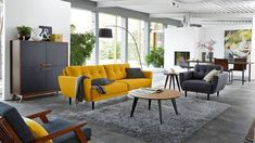 36 Stunning Yellow Sofa Ideas For Your Living Room Decoration Home Living, Living Room Decor, Bedroom Decor, Deco Salon Design, Home Furniture, Outdoor Furniture Sets, Decoration Gris, Yellow Sofa, Sweet Home