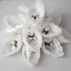 Söz mendili #sözmendili #söz #nişan #düğün #mendil #evlilik #halaymendili #konvoyhavlusu #sunnet #mevlüd #kinamendili #lavantakesesi #havlu #hediyelik #ceyizim #soz #sozmendili #kokulutas #nisanbohcasi #soztepsisi #söztepsisi #çeyiz #bohça #seccade #sözmendilleri #sozmasasi #nişanmendili #cicek