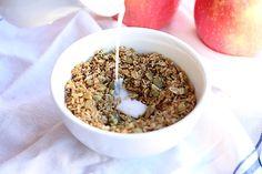 12. Sugar-Free Cinnamon Coconut Granola #healthy #granola #recipes http://greatist.com/eat/homemade-granola-recipes-that-are-healthy