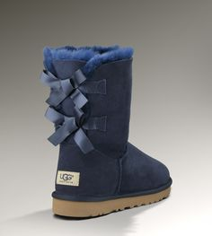 Bailey Bow in navy! #uggs