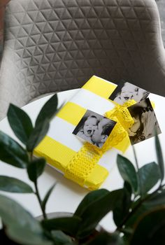 Gift wrapping, present, decorativepaper, ribbons