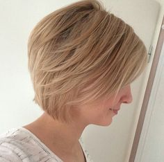 Short, layered Bob from Instagram