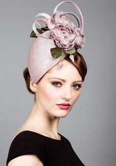 Rachel Trevor-Morgan | Fine straw dusty pink pillbox with hand made silk roses