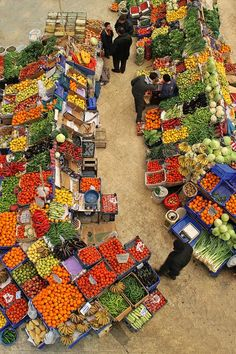 Vegetable Market in Konya, Turkey  Farmer's Markets of the world support the gardens and small farms of the world