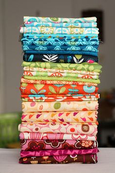 I love nicely stacked fabrics :-)