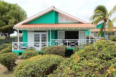 Bon Bini Seaside Resort Curacao Willemstad Located a 5-minute walk from Mambo Beach, the Bon Bini Sea Side Resort offers an outdoor pool, sun terraces and gardens. The property features free WiFi throughout, air-conditioned bungalows with panoramic views and free WiFi throughout.