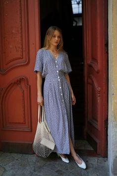 Inspiring women's clothing _ button down dress - DIMANCHE