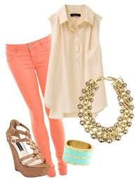 coral skinnies with cream sleeveless blouse