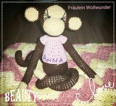 Affe * chimpanse * Mädchen * monkey * girl * gehäkelt * crochet  https://m.facebook.com/fraeuleinwollwunder