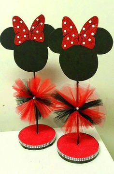 New Birthday Party Ideas Minnie Mouse Center Pieces Ideas Minnie Mouse Birthday Decorations, Minnie Mouse Theme Party, Minnie Mouse Baby Shower, Mickey Mouse Clubhouse Birthday, Mickey Party, Mickey Mouse Birthday, Minnie Mouse Center Pieces, Party Themes, Ideas Party